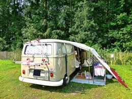 Y-a-t-il des aires de camping-car en Guadeloupe ?