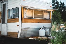 Comment aménager une soute de camping car