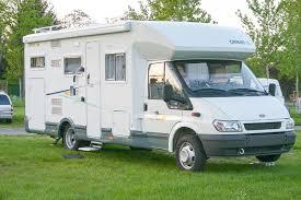 Comment tracter une voiture en camping-car ?