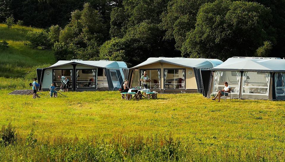Faire du camping dans le Lubéron