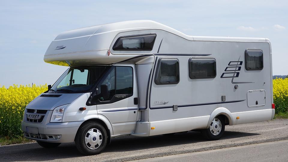 Aidez-vous des avis Google pour choisir sa destination de vacances en camping-car