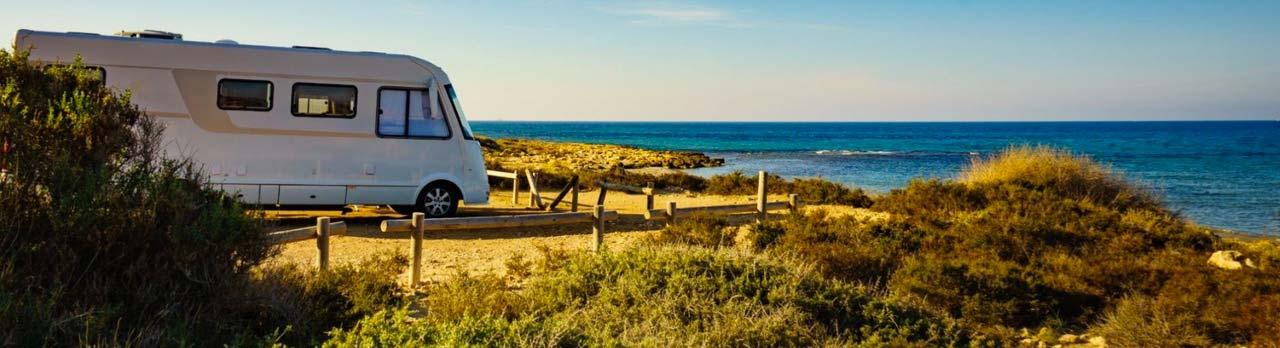 camping-car-devant-la-mer